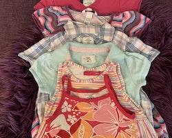 5 delat klänningpaket med mycket färg och mönster från Exit och HM stl 98/104 + 104