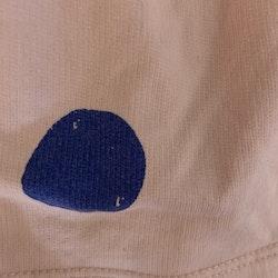 Ljusrosa hängselkjol med blå prickar från Zara stl 104