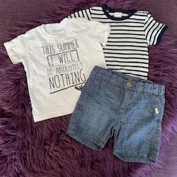 3 delat litet paket i vitt, blått och mörkgrått med en t-shirt, en kortärmad body och ett par shorts från Lindex stl 68