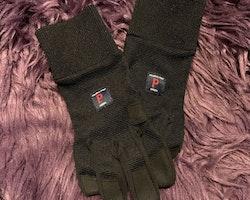 Svarta ofodrade handskar från PoP stl 6-9 år