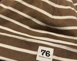 Brun bomullsmössa med vita ränder från PoP stl 56/58