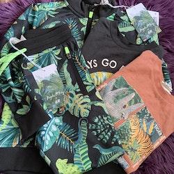 4 delat paket med djungeltema från HM & Angela McKay stl 110/116 + 116