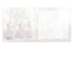 Mellanstort kort - Folkdräkt