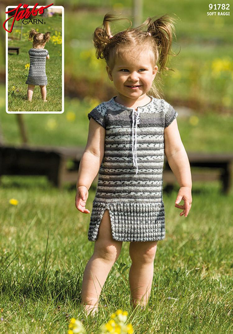 Babyklänning med holkärm & Snöring