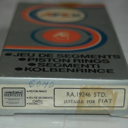 Kolvringssats RA 19246 STD 1965/84 850,127,Panda
