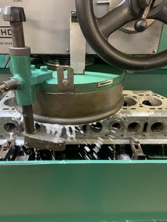 CRS Motorrenovering. Vi utför renovering av alla Motorer