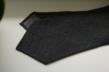 Puppytooth Light Wool Tie - Untipped - Grey