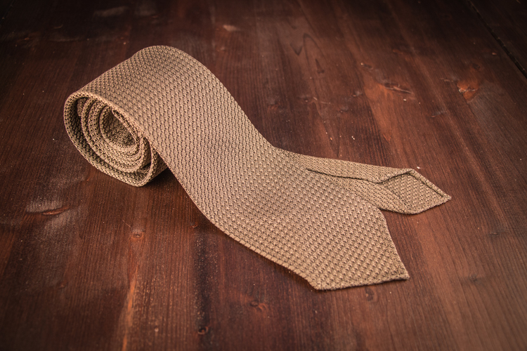 Solid Silk Grenadine Grossa Tie - Untipped - Beige