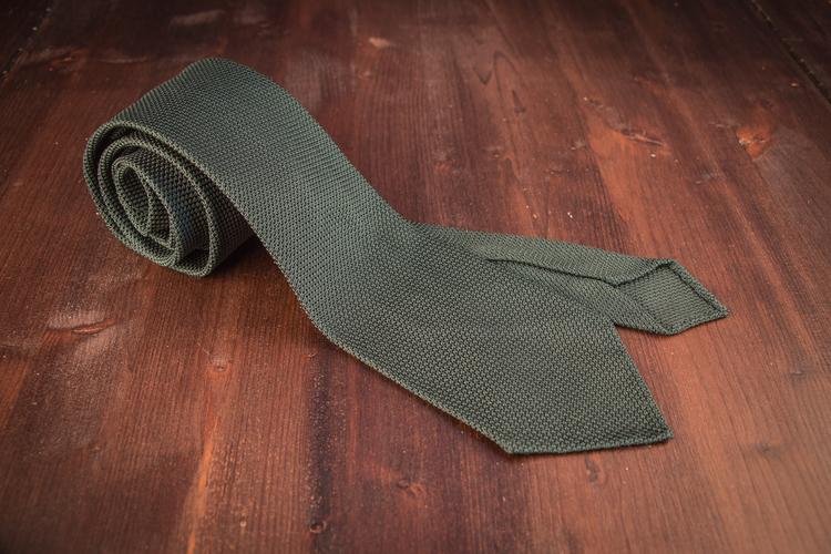 Solid Silk Grenadine Fina Tie - Untipped - Forrest Green