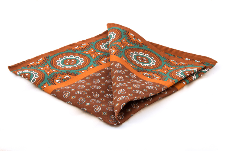Silk Medallion - Orange/Green (36x36)