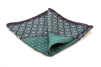 Silk Medallion - Navy Blue/Green (36x36)