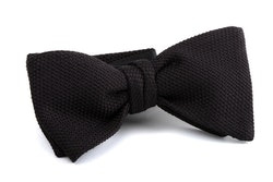 Solid Grenadine Fina Bow Tie - Black