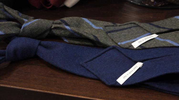 Untipped Regimental Cashmere - Green/Navy Blue/Light Blue