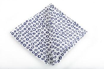 Silk Square - White/Navy Blue