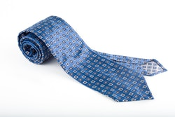 Silk Floral Untipped - Light Blue/Navy Blue/White