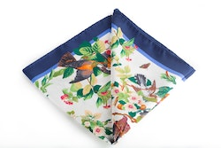 Silk Floral Bird - White/Navy Blue (45x45)