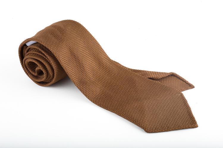 Solid Silk Grenadine Fina Tie - Untipped - Nougat