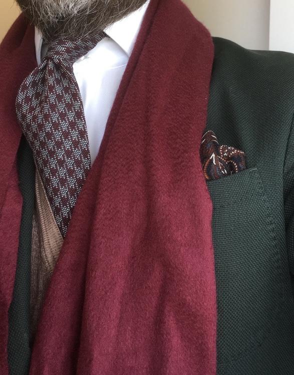 Wool Dogtooth - Burgundy/Grey
