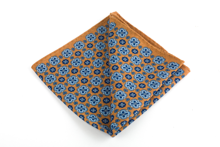 Wool Medallion - Yellow/Light Blue/Navy Blue