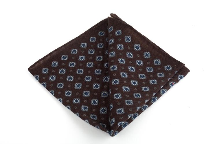 Wool Medallion - Brown/Navy Blue/Light Blue