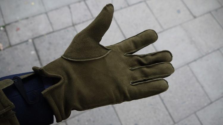 Suede Gloves - Olive Green