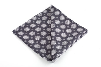 Medallion Printed Silk Pocket Square - Dark Grey/White