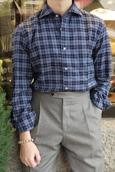 Large Check Flannel Shirt - Cutaway - Navy Blue/Light Blue