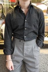 Solid Flannel Shirt - Cutaway - Dark Grey (only size 37 left)