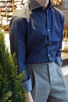 Solid Denim Shirt - Cutaway - Mid Navy Blue