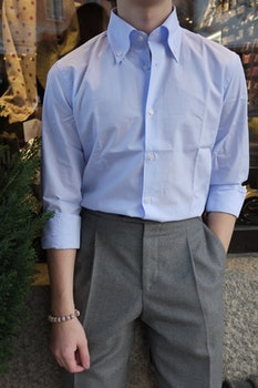 Thin Stripe Shirt - Button Down - Light Blue/White