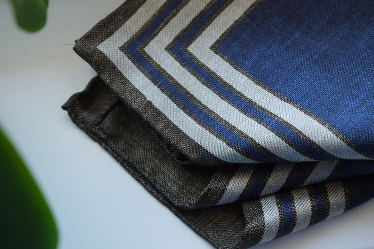 Square/Solid Silk Pocket Square - Double - Navy Blue/Brown