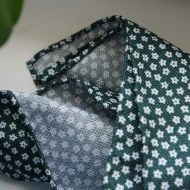 Floral Textured Silk Pocket Square - Green/White