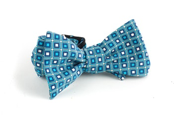 Square Madder Silk Bow Tie - Turquoise/White