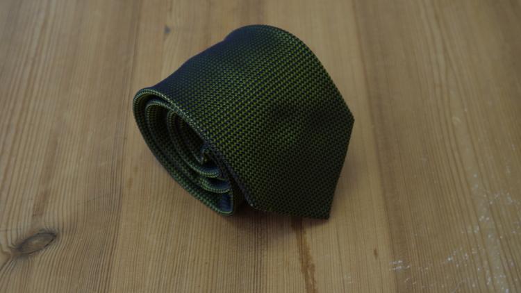 Silk Semi Solid Garza - Green/Navy Blue