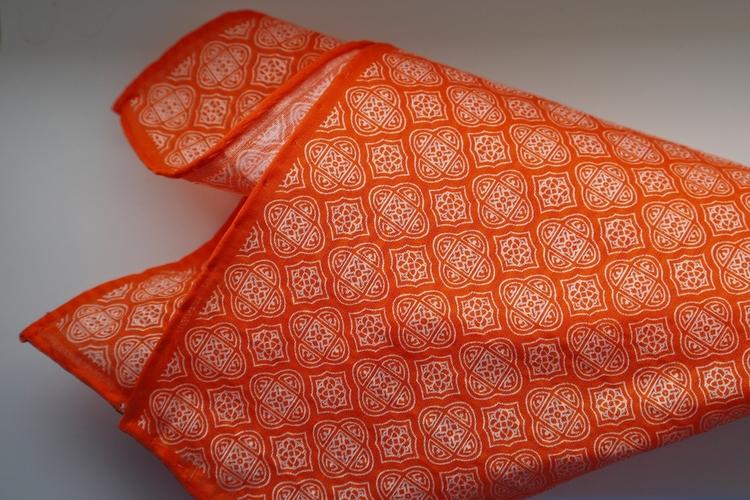 Medallion Seersucker Cotton/Silk Pocket Square - Orange/White