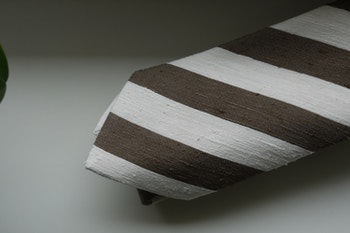 Regimental Shantung Tie - Brown/White