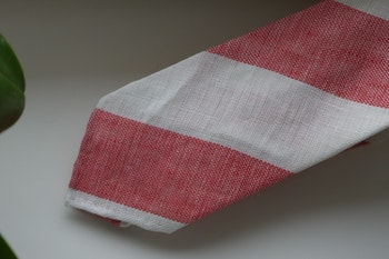 Linen Regimental Untipped - Pale Red/Sand