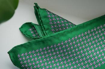 Turtle Silk Pocket Square - Green/Red/White