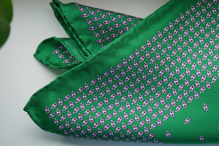 Turtle Silk Pocket Square - Green/Red/White