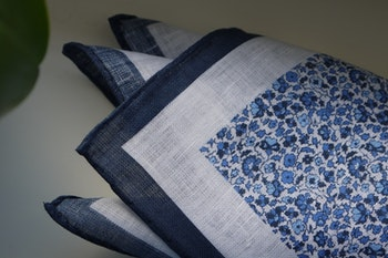 Floral Linen Pocket Square - Navy Blue/White
