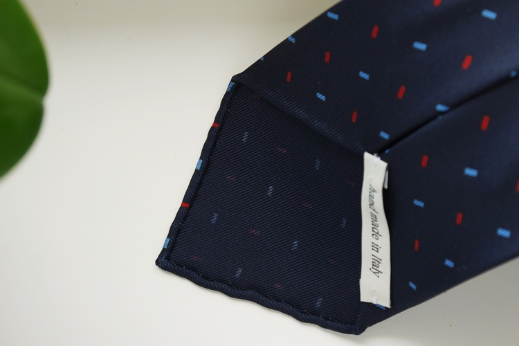 Micro Printed Silk Tie - Untipped - Navy Blue/Light Blue/Red