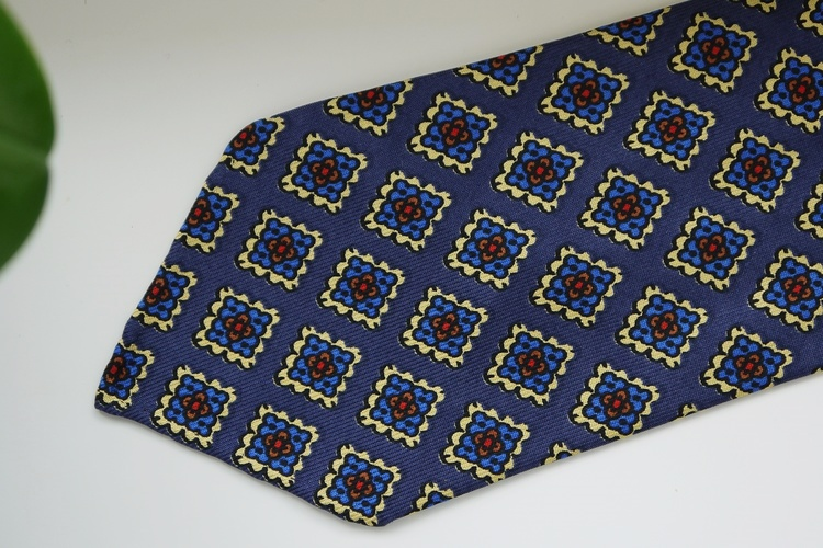 Medallion Ancient Madder Silk Tie - Untipped - Navy Blue/Light Blue/Yellow