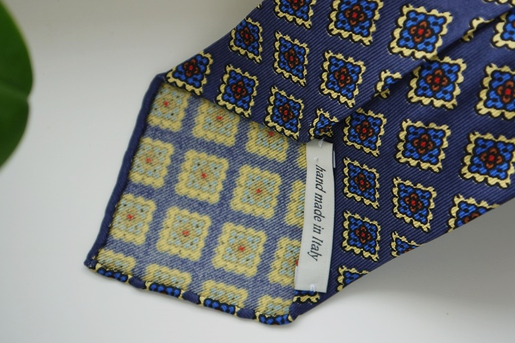 Medallion Ancient Madder Silk Tie - Untipped - Navy Blue/Light Blue/Yellow