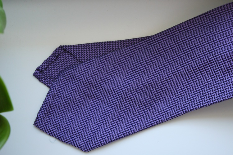 Semi Solid Garza Silk Tie - Purple/Navy