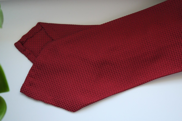 Solid Garza Silk Tie - Red