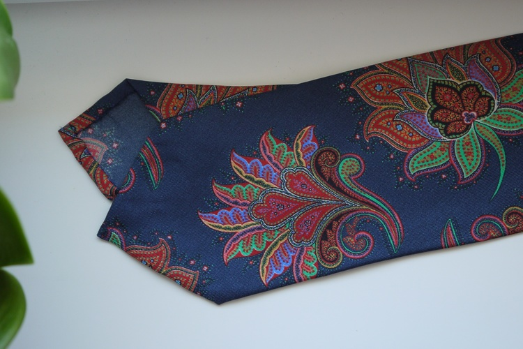 Oriental Printed Silk Tie - Navy Blue/Red/Green