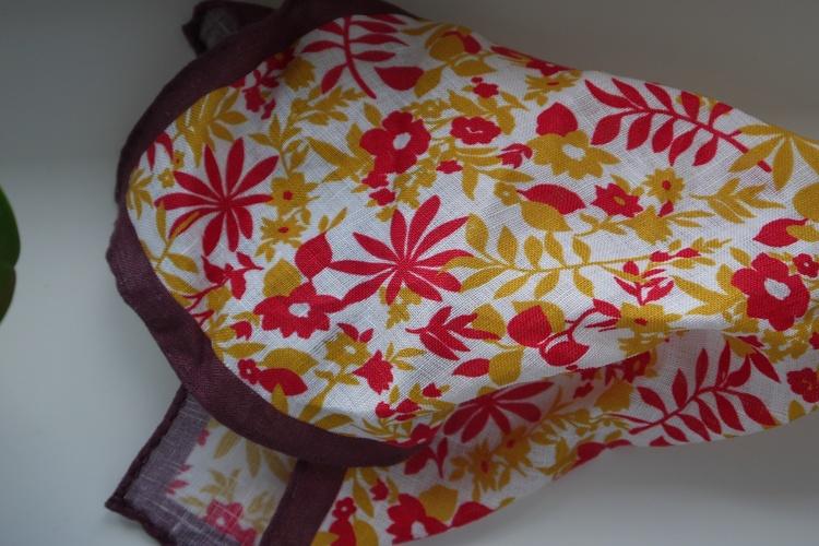 Jungle Linen Pocket Square - Orange/Red/Burgundy/White