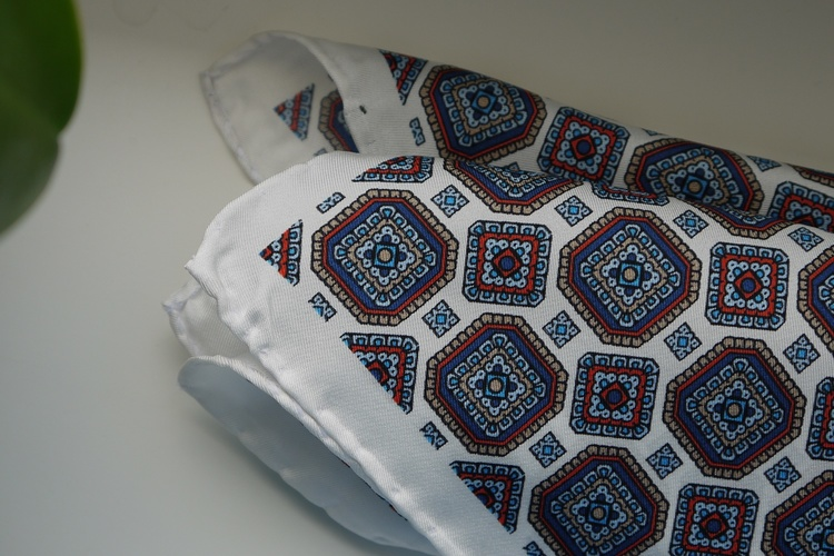 Medallion Silk Pocket Square - White/Red/Navy Blue/Beige