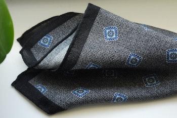 Medallion Wool Pocket Square - Grey/Light Blue/Navy Blue