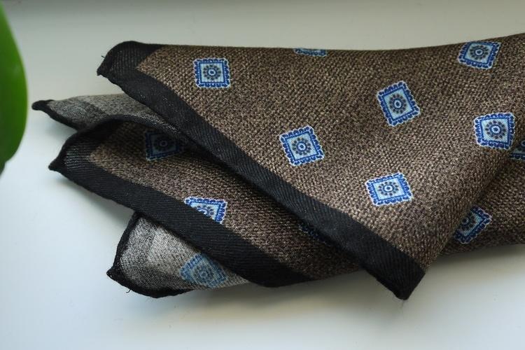 Medallion Wool Pocket Square - Brown/Light Blue/Navy Blue